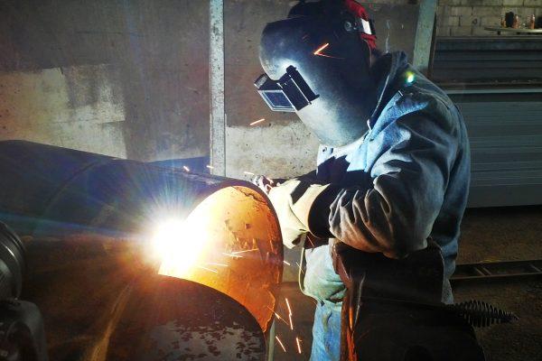 trabajos de soldadura de eólico